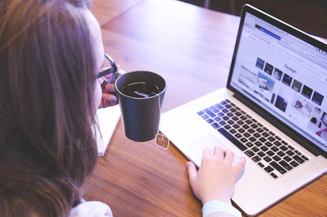 žena, notebook, práce