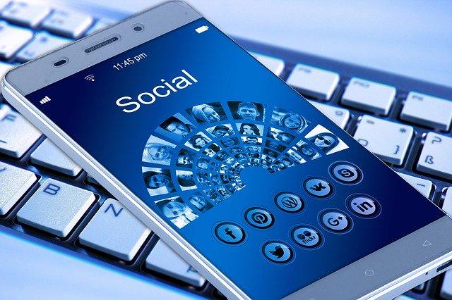 telefon aplikace