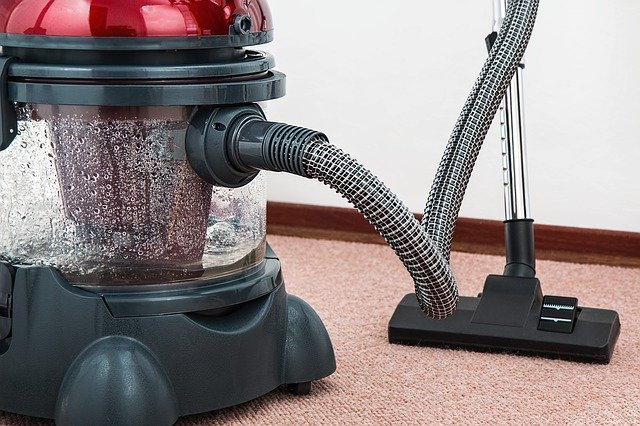 vodní vysavač na koberce